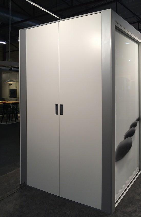 Bez profila durvis