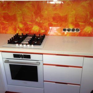 Baltas iebūvējamās virtuves atvilktnes